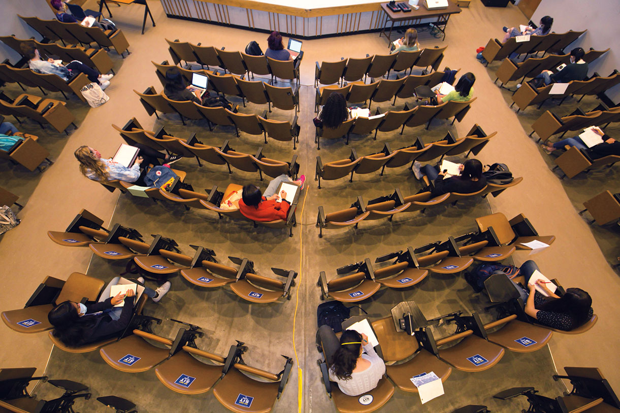 Distanced seating in a class in the Jewett Auditorium during the pandemic