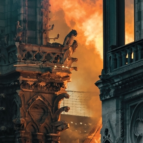 Flames engulf Notre-Dame