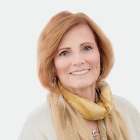 Portrait of Susan Lohin