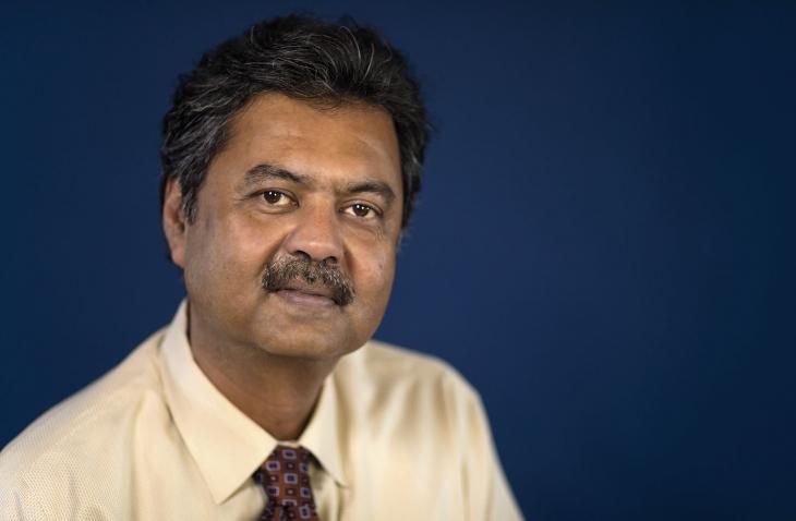 Portrait of Dave Chakraborty