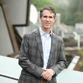 Portrait of professor Jay Turner